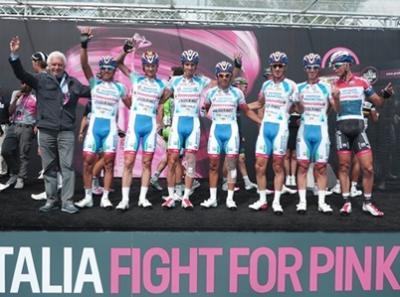 El Androni Venezuela siempre protagonista en el Giro d'Italia Jackson Rodriguez en escapada y Franco Pellizotti septimo  la llegada de Montecampione
