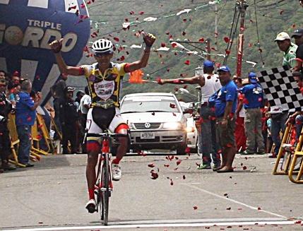 Yeison Delgado coronó la 4ta. Etapa en la Puerta de los Andes / Carlos Galviz mantiene el liderato / Resultados Oficiales + Fotos