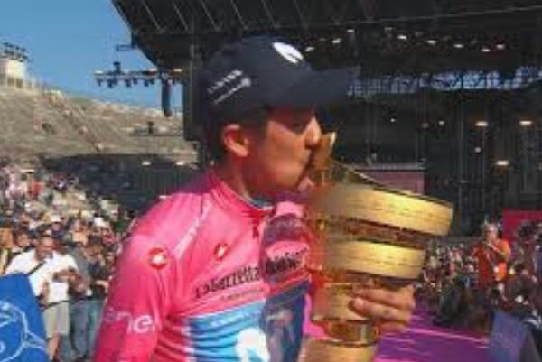 Dos semanas de cuarentena en el Giro,  si hubiese un positivo de Covid_19