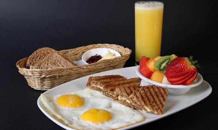 Desayuno antes de un gran fondo de ciclismo