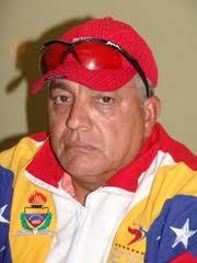 Julio al Deporte._/El Tricampeón Olinto Silva