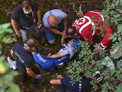 Remco Evenepoel se estrelló contra un puente en el descenso de Sormano durante Il Lombardia