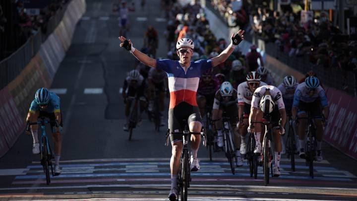 Arnaud Démare vence claramente el sprint de la sexta  etapa del Giro de Italia