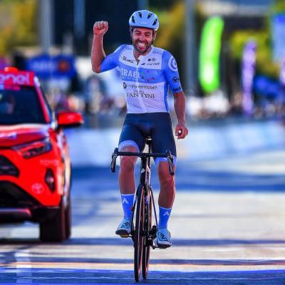 El inglés Alex Dowsett del Israel Start-Up Nation, gana la etapa 8 del Giro