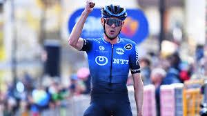 Australiano Ben O'Conor gana la etapa 17 de Giro de Italia y Almeida sigue lider