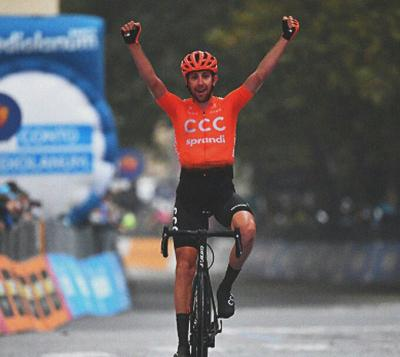 El checo Josef Cerny (CCC) ganó la etapa 19 del Giro de Italia y el neerlandés Wilco Kelderman sigue lider