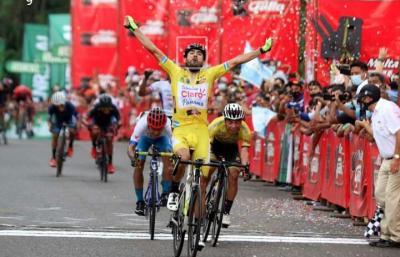 Panameño Roberto González se lleva la tercera etapa de la Vuelta a Guatemala