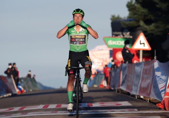 Vuelta a España: Primoz Roglic (Team Jumbo-Visma). Gana la 9na etapa en mano a mano Con Carapaz que sigue Lider