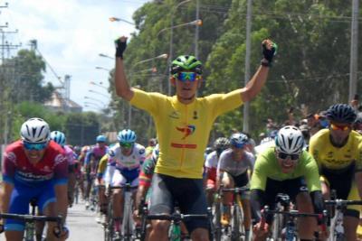 Orluis Aular repite triunfo en la 2da etapa de la 57 Edición de la Vuelta Ciclista a Venezuela