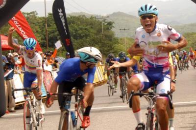 Xavier Nieves triunfo en Chivacoa y Orluis Aular a un paso del título de la 57 Edición de la Vuelta Ciclista a Venezuela