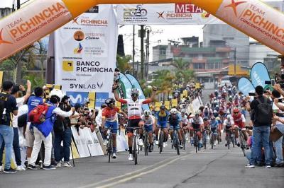 Byron Guamá  del  Team Bestpc   gano la 2ª etapa de la Vuelta Ciclistica a Ecuador y Cristian Toro sigue lider