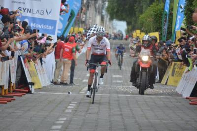 Ecuatoriano Byron Guama gana la 5ta etapa su tercera en esta edición de la Vuelta Ciclistica a Ecuador