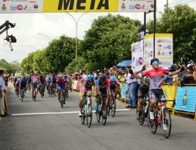 Italiano Matteo Malucelli del Androni se lleva la primera etapa de la Vuelta al Táchira 2021