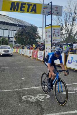 Español Oscar Sevilla fue el más rápido en la Crono y destronó a Roniel Campos del liderato de la Vuelta al Táchira