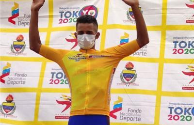 Yaracuyano Roniel Campos a un paso de reeditar su título en la Vuelta al Táchira 2021