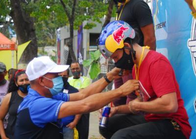 Daniel Dhers selló su visita a Venezuela con otra demostración en Caracas