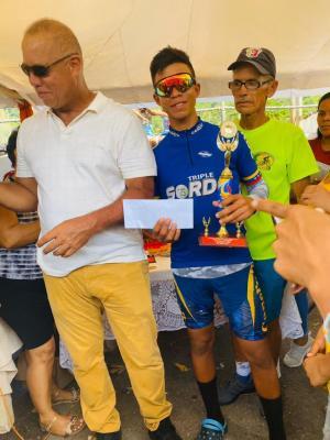 """Con todo éxito se corrió en Río  Caribe Edo Sucre el Clásico Ciclistico """"Copa Orlando González"""""""
