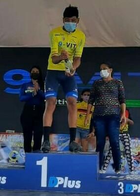 Arlex Méndez ganó la segunda etapa de la Vuelta de La Juventud y es el  nuevo  líder